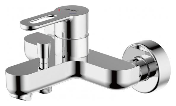 Stream-D F637163C-B ХромСмесители<br>Смеситель для ванны Bravat Stream-D F637163C-B. Корпус латунь. Ручка цинк. Керамический картридж Kerox 35 мм. Кнопочный переключатель. Аэратор Neoperl. 1-функциональная душевая лейка из ABS-пластика. Шланг 1500 мм PVC. Поток воды 20 л/мин при давлении 0.3 MPa.<br>