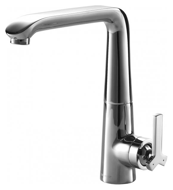 Waterfall F773107C ХромСмесители<br>Смеситель для кухни Bravat Waterfall F773107C. Корпус латунный. Ручка цинковая. Керамический картридж Kerox 35 мм. Гибкая подводка 450 мм M10-G1/2 SS 2 шт. Аэратор Neoperl. Поток воды 8,3 л/мин при давлении 0.3 MPa.<br>