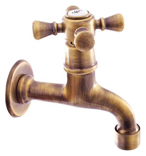 Morava retro MK393SM бронзовыйСмесители<br>Настенный кран для одного типа воды Rav Slezak Morava retro MK393SM с аэратором, изготовлен из высококачественной латуни, которая исключает какую-либо коррозию. Кран может быть установлен в кухне для фильтрованной воды или комбинироваться с другими смесителями из серии Morava retro. Качественная керамическая кран-букса, гарантирует долговечность и мягкий поток воды. Подвод воды G1/2. Цена указана за кран и комплект крепления. Все остальное приобретается дополнительно.<br>