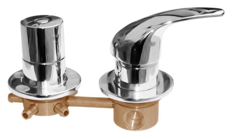 5 X582 хромСмесители<br>Встраиваемый смеситель для ванны Rav Slezak X582, однорычажный, с переключателем на 5 позиций. Качественный керамический картридж 40 мм. Подвод воды G1/2. В комплекте внешняя и внутренняя части смесителя и комплект крепления.<br>