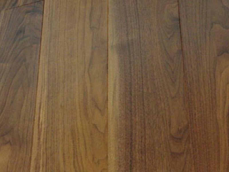 Инженерная доска Wood Bee Орех Американский глянец 30% 413 - фото