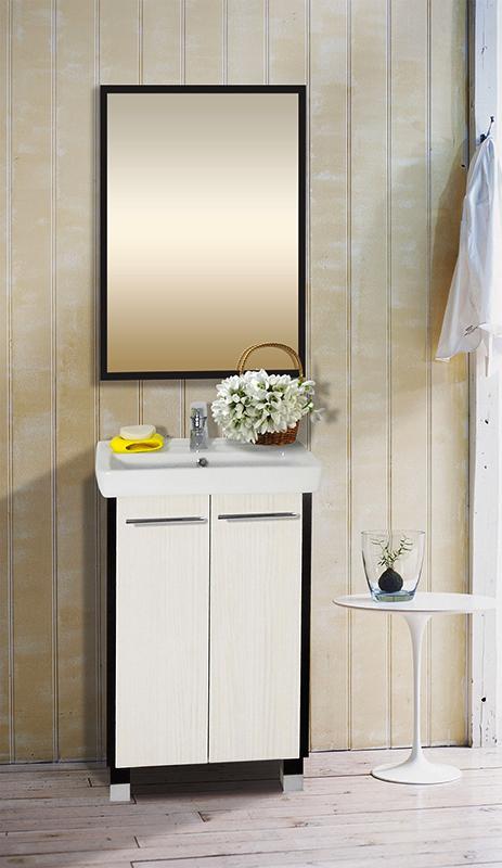 Агра 55 гасиенда/венгеМебель для ванной<br>Тумба под раковину Бриклаер Агра 55 на ножках, с двумя распашными дверцами и одной полкой, особенно подойдет для ванной комнаты, оформленной в светлых тонах, выполнена в контрастных цветах, создающих объем и атмосферу натуральной свежести и чистоты. Корпус выполнен из ЛДСП в цвете темного экзотического дерева, фасад гасиенда. Тумба проявляет устойчивость к влажному воздуху и длительное время сохраняет свой первоначальный внешний вид.<br>