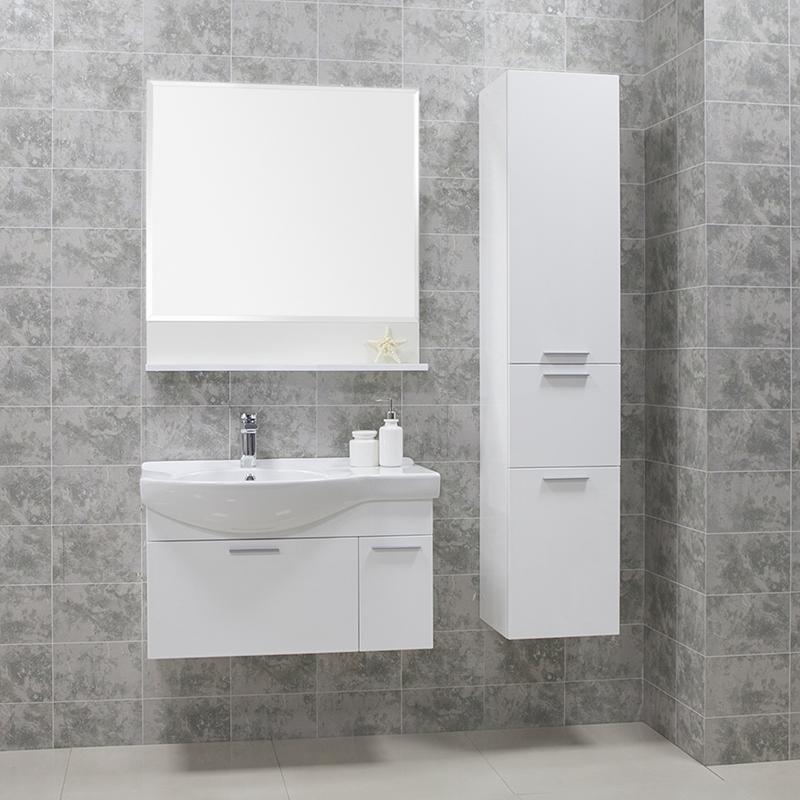Инди 80 Белый глянецМебель для ванной<br>Зеркало с полочкой Акватон Инди 80, цвета белый глянец ,на которой можно разместить необходимые аксессуары для ванной комнаты.<br>