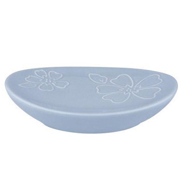 Werra K-8229 СинийАксессуары для ванной<br>Мыльница Wasser Kraft Werra K-8229 изысканной и утонченной формы станет изящным украшением вашей ванной комнаты. Изделие украшено нежным цветочным орнаментом.<br>Материал: фарфор<br>Размер: 14x10x2,9 см<br>