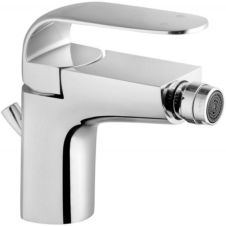 Style-X A40172EXP ХромСмесители<br>Смеситель для биде Vitra Style-X A40172EXP с донным клапаном.<br>Особенности: <br> Донный клапан,<br>Ограничение напора и температуры воды,<br>Аэратор,<br>Керамический картридж,<br>Максимальный расход воды: 9 л/мин.<br>В комплекте поставки: <br>Смеситель. <br>