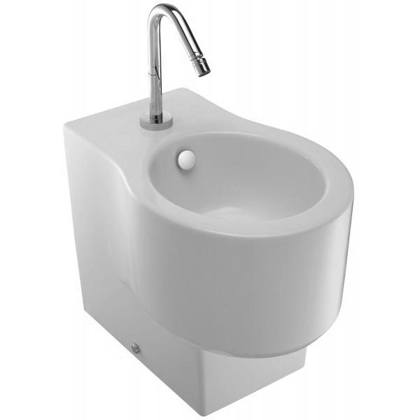 Viragio E4775-00 БелоеБиде<br>Биде Jacob Delafon Viragio E4775-00.<br>Универсальный и лаконичный дизайн биде дополнит большинство ванных комнат в современном стиле.<br>Биде изготовлено из санфарфора и покрыто качественной глазурью. Гладкость и отсутствие пор делает уборку проще: грязь не скапливается на поверхности чаши и легко смывается чистящими средствами.<br>Комфортная высота чаши: 41 см.<br>С переливным отверстием и хромированной заглушкой.<br>Одно отверстие под смеситель.<br>Напольный монтаж, установка вплотную к стене, скрытые крепежи.<br>В комплекте поставки: чаша биде, заглушка для перелива E4061.<br>