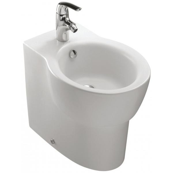 Ove E1705-00 БелоеБиде<br>Биде Jacob Delafon Ove E1705-00.<br>Универсальный и лаконичный дизайн биде дополнит большинство ванных комнат в современном стиле.<br>Биде изготовлено из санфарфора и покрыто качественной глазурью. Гладкость и отсутствие пор делает уборку проще: грязь не скапливается на поверхности чаши и легко смывается чистящими средствами.<br>Комфортная высота чаши: 39 см.<br>С переливным отверстием.<br>Одно отверстие под смеситель.<br>Напольный монтаж, установка вплотную к стене, скрытые крепежи.<br>В комплекте поставки: чаша биде.<br>