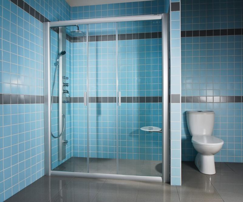 Rapier NRDP4-170 сатин+ГрейпДушевые ограждения<br>Душевая дверь в нишу Ravak Rapier NRDP4 170 четырхсекционная, раздвижная. Состоит из двух ровных неподвижных частей и двух ровных подвижных частей, образующих двери. Витраж из безопасного стекла толщиной 6 мм.<br>