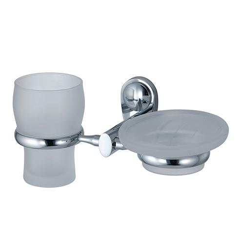 Main K-9226 ХромАксессуары для ванной<br>Wasser Kraft Main К-9226 держатель стакана и мыльницы. Цвет: Хром. Для изготовления держателя используется металл; Хромоникелевое покрытие (устойчиво к потускнению, легко очищается и придает аксессуарам зеркальный блеск); Уплотнительные пластиковые кольца (необходимы для плотного и бесшумного соединения, металла и стекла); Матовое стекло.<br>