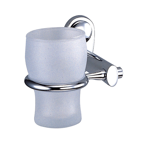 Main K-9228 ХромАксессуары для ванной<br>Wasser Kraft Main К-9228 подстаканник стеклянный. Цвет: Хром. Для изготовления подстаканника используется металл. Хромоникелевое покрытие, устойчивое к потускнению, легко очищается и придает аксессуарам зеркальный блеск. Уплотнительные пластиковые кольца из металла и стекла предназначены для надежного соединения. Матовое стекло.<br>