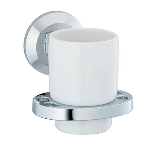 Rhein K-6228C ХромАксессуары для ванной<br>Wasser Kraft Rhein К-6228С подстаканник керамический. Цвет: Хром. Для изготовления подстаканника используется металл; Хромоникелевое покрытие (устойчиво к потускнению, легко очищается и придает аксессуарам зеркальный блеск); Уплотнительные пластиковые кольца (необходимы для плотного и бесшумного соединения, металла и стекла); Белоснежная керамика.<br>