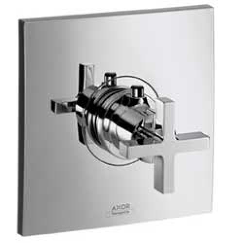 Citterio 39716000 ХромСмесители<br>39716000 AX Citterio термостатический смеситель для душа (внешняя часть)<br>с крестовой рукояткой<br>· наружная часть: розетка, рукоятка, гильза,<br>функциональный блок, термоэлемент<br>· экстра большой расход воды<br>(59 л/мин) для душей с большой<br>пропускной способностью<br>