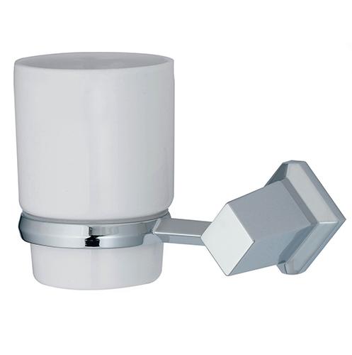 Aller K-1128C ХромАксессуары для ванной<br>Wasser Kraft Aller K-1128С подстаканник керамический. Цвет: Хром. Для изготовления подстаканника используется металл; Хромоникелевое покрытие (устойчиво к потускнению, легко очищается и придает аксессуарам зеркальный блеск); Уплотнительные пластиковые кольца (необходимы для плотного и бесшумного соединения, металла и стекла); Белоснежная керамика.<br>