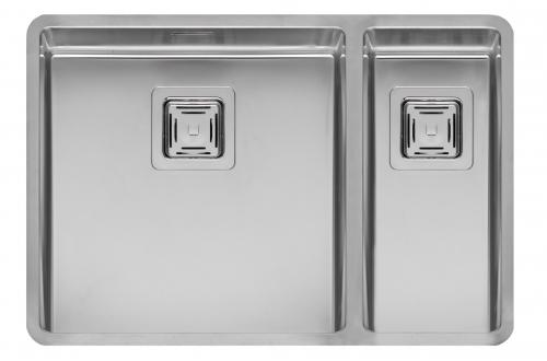 Texas 40x40+18x40  стальнаяКухонные мойки<br>Reginox Texas 40x40+18x40 цельнотянутая мойка из нержавеющей стали с двумя раковинами, с радиусом углов чаши 10 мм.<br>Поверхность мойки: полировка, тип установки: интегрированная, перелив расположен в чаше.<br>Диаметр сливного отверстия: 3,5 (OKG), длина чаши: 403 мм., ширина чаши: 403 мм., длина второй чаши: 183 мм., ширина второй чаши: 403 мм., глубина чаши: 180 мм., глубина второй чаши: 145 мм. <br>Толщина стали 1,2 мм. <br>Ширина шкафа: 800 мм.<br>