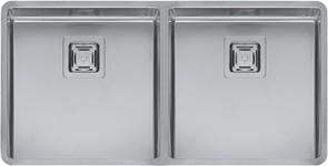 Texas 40x40+40x40 стальнаяКухонные мойки<br>Reginox Texas 40x40+40x40 цельнотянутая мойка из нержавеющей стали с двумя раковинами, с радиусом углов чаши 10 мм.<br>Поверхность мойки: полировка, тип установки: интегрированная, перелив расположен в чаше.<br>Диаметр сливного отверстия: 3,5 (OKG), размеры раковины 403х403 мм / 403х403 мм., глубина 190 / 190 мм.<br>Толщина стали 1,2 мм.<br>Ширина шкафа: 900 мм.<br>
