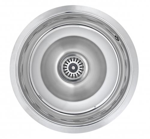 Double L  стальнаяКухонные мойки<br>Reginox Double L мойка из нержавеющей стали, интегрированная модель.<br>Поверхность: комбинированная зеркальная и матовая полировка.<br>Подходит для прямого или углового шкафа шириной: 500 мм.<br>В комплекте: деревянная разделочная доска, пластиковый разделитель чаш и пластиковый коландер.<br>1 слив 3,5 с декоративной металлической пробкой, перелив в чаше, с системой дистанционного управления сливным клапаном.<br>Без отверстия под смеситель.<br>Диаметр: 463 мм.<br>Совокупная глубина чаш: 190 мм.<br>Толщина стали: 1,2 мм.<br>