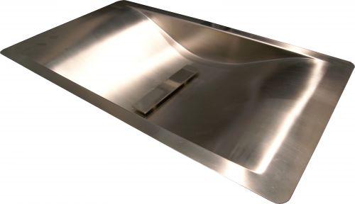 Wave  зеркальная полировкаРаковины<br>Reginox Wave умывальник для ванной комнаты, из нержавеющей стали, интегрированная модель, гладкая, зеркальная полировка.<br>Подходит для шкафа шириной 600 мм.<br>Без отверстия под смеситель.<br>Габаритные размеры: 600 x 350 мм.<br>Размеры выреза под мойку: 580 x 330 мм.<br>Размеры чаши: 520 x 300 мм.<br>Глубина чаши: 80 мм.<br>Толщина стали: 1,2 мм.<br>