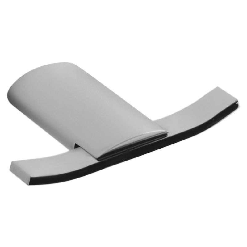 Aria AI500401 ХромАксессуары для ванной<br>Двойной крючок для полотенец Webert Aria AI500401015 настенный в ванную.<br><br>Материал: высококачественная латунь.<br>Покрытие: глянцевый хром.<br>Размеры: 10,7 x 7,5 см.<br><br>