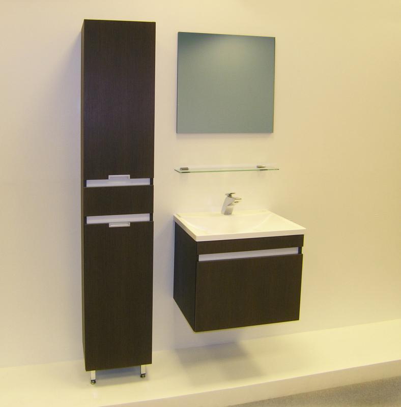 Massima 70 шпон моккоМебель для ванной<br>Цена указана за тумбочку с раковиной (шпон мокко). Подвесной модуль с раковиной и выдвижным ящиком. Нижняя часть – широкий ящик, снабженный австрийской шарикоподшипниковой системой выдвижения, которая позволяет пользоваться ящиком мягко и бесшумно. Верхняя часть - раковина прямоугольной формы из прочного композитного материала с системой перелива с системой защиты от перелива<br>
