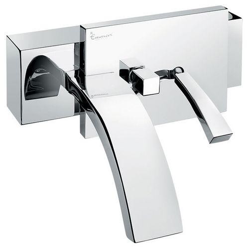 Antef 42001 ХромСмесители<br>Смеситель Emmevi Antef 42001 для ванной. Однорычажный настенный. Цвет хром.<br>