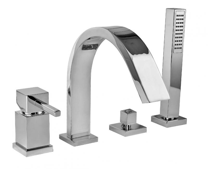 Pbox 9455 CR (Хром)Смесители<br>Смеситель Bugnatese Pbox 9455 для ванны. Размеры: Излив: длина 205 мм, высота 121 мм, высота смесителя 200 мм. Цвет хром.<br>