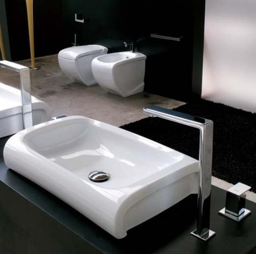 Hi-Line HI 15 БелаяРаковины<br>Hidra Ceramica Hi-Line HI 15. Настольная раковина, цвет: белый, в данной модели смеситель должен быть встроен в столешницу или отдельно стоящий. Сифон и слив приобретаются отдельно.<br>