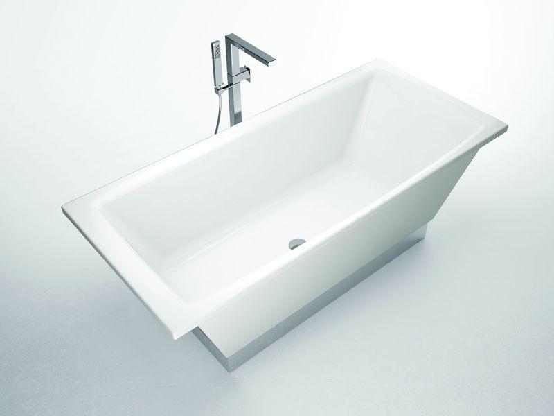 Flat Белая с зеркальным основаниемВанны<br>Hidra Ceramica Flat. Прямоугольная ванна с зеркальным основанием в комплекте с сифоном, цвет: белый.<br>