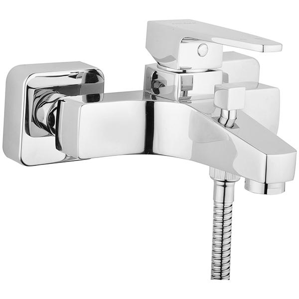 Q-Line A40778EXP ХромСмесители<br>Смеситель для ванны и душа Vitra Q-Line A40778EXP.<br>Особенности: <br>Ограничение напора и температуры воды,<br>Керамический картридж.<br>В комплекте поставки: <br>Смеситель. <br>