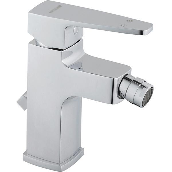 Q-Line A40777EXP ХромСмесители<br>Смеситель для биде Vitra Q-Line A40777EXP c донным клапаном.<br>Особенности: <br>Донный клапан,<br>Ограничение напора и температуры воды,<br>Аэратор,<br>Керамический картридж.<br>Максимальный расход воды: 9 л/мин.<br>В комплекте поставки: <br>Смеситель. <br>