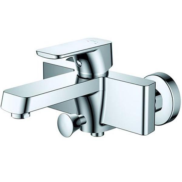 Смеситель для ванны D&K Berlin Freie DA1433201 Хром