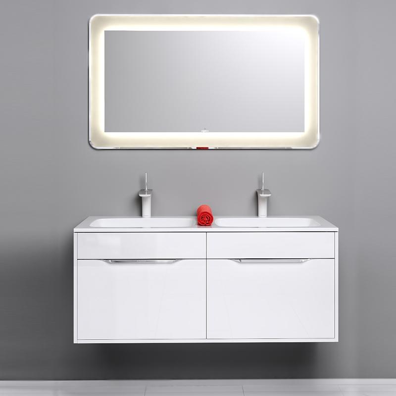 Малага 120 подвесная БелаяМебель для ванной<br>Подвесная тумба под раковину Aqwella Малага 120 Mal.01.12 белая, с двумя двойными выдвижными ящиками, для использования в ванных комнатах с повышенной влажностью. <br>Материал фасада и корпуса: высококачественный МДФ.<br>Покрытие: четыре слоя высокоглянцевой эмали.<br>Экологически чистые материалы.<br>Ручки: глянцевый хром, фирменный логотип.<br>Фурнитура Blum: надежность идолговечность.<br>Монтаж: подвесной, крепление к стене.<br>Отделения:<br>два двойных выдвижных ящика;<br>основные ящики: один отсек; <br>внутренние ящики: разделители для удобного хранения;<br>антискользящие резиновые коврики;<br>система полного выдвижения и мягкого закрывания (Blum).<br>В комплекте поставки:<br>тумба.<br>