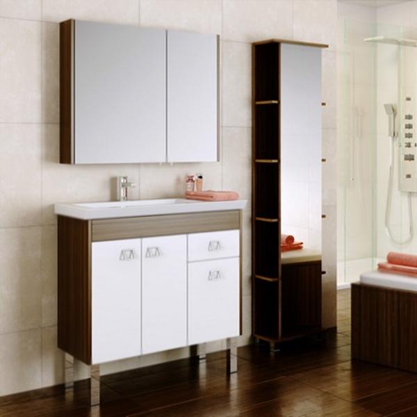 Командор 80 Белый/венге магияМебель для ванной<br>Напольная тумба под раковину Aqwella Командор 80 Kom.01.08/n/VM на четырех ножках, с тремя распашными дверцами и с одним выдвижным ящиком, для использования в ванных комнатах с повышенной влажностью.<br>Гармония, удобство и функциональность.<br>Комбинированный цвет: белый и венге магия.<br>Фасад: МДФ покрытый высокоглянцевой эмалью.<br>Корпус: ламинированная ДСП с защитными слоями высокой плотности.<br>Экологически чистые материалы, сертификат качества: ISO 9001:2000.<br>Фурнитура Blum: надежность и долговечность.<br>Отделения:<br>левое: две распашные дверцы, одна полка из ДСП;<br>правое: один выдвижной ящик, одна распашная дверца.<br>Система полного выдвижения имягкого закрывания (Blum).<br>В комплекте поставки:<br>тумба.<br>