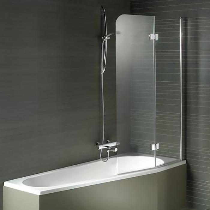 Nautic 3000 N500 Geta 130x150 ХромДушевые ограждения<br>Шторка для ванны Riho Nautic 3000 N500 Geta 130x150 GGT0221304800, складная универсальная, состоящая из двух частей. Шторка распахивается внутрь и наружу. <br>Возможность установки к левой или к правой стене.<br>Профиль:<br>Алюминиевый профиль цвета хром.<br>Самоподъемная петля позволяет компенсировать неровности стен.<br>Регулировка +- 5 мм.<br>Герметичность III степени: две уплотнительные поверхности не позволяют воде разбрызгиваться и предотвращают протечки воды.<br>Поворот основной части: внутрь и наружу на 90 градусов; поворот складной части: 180 градусов наружу, 30 градусов внутрь.<br>Стекло:<br>Цвет: прозрачный.<br>Безопасное закаленное стекло. Устойчиво к давлению на его поверхность.<br>Толщина стекла: 6 мм.<br>Покрытие Riho Shield: водоотталкивающая обработка, не позволяющая жидкостям засыхать на стеклах душевого уголка. Капли легко стекают со стекла, не оставляя следов.<br>Для ухода за стеклами рекомендуется использовать резиновый шпатель или увлажненную мягкую тряпку.<br>Шторка на ванну Riho отвечает требованиям по безопасности CSN EN 14428, и проходит тестирование по этой норме.<br>Объем поставки:<br>Профиль,<br>Комплект стекол,<br>Комплект креплений.<br>