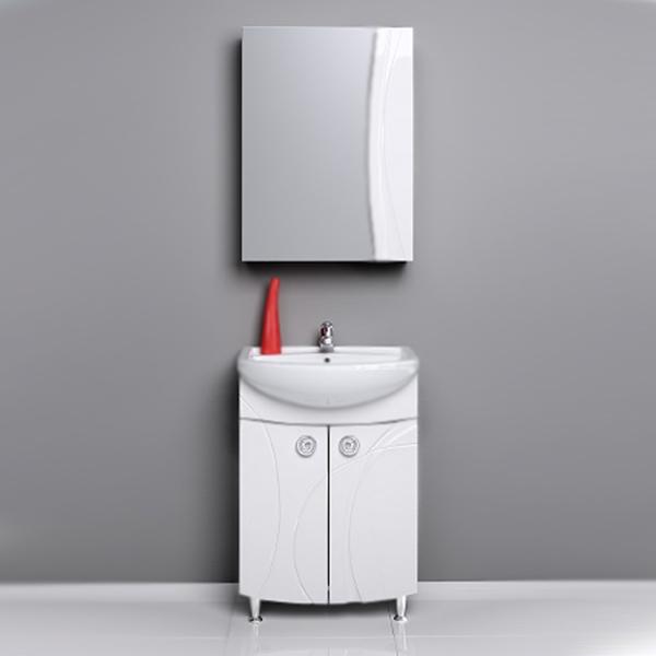 Самба 55 БелаяМебель для ванной<br>Тумба под раковину Aqwella Самба 55 с двумя распашными дверцами, с хромированными фигурными ручками, для использования в ванных комнатах с повышенной влажностью.<br>Гармония, удобство и функциональность.<br>Материал фасада: МДФ в пленке.<br>Материал корпуса: ламинированная ДСП.<br>Экологически чистые материалы, сертификат качества: ISO 9001:2000.<br>Отделение: две распашные дверцы, одна полка из ДСП.<br>В комплекте поставки:<br>тумба.<br>