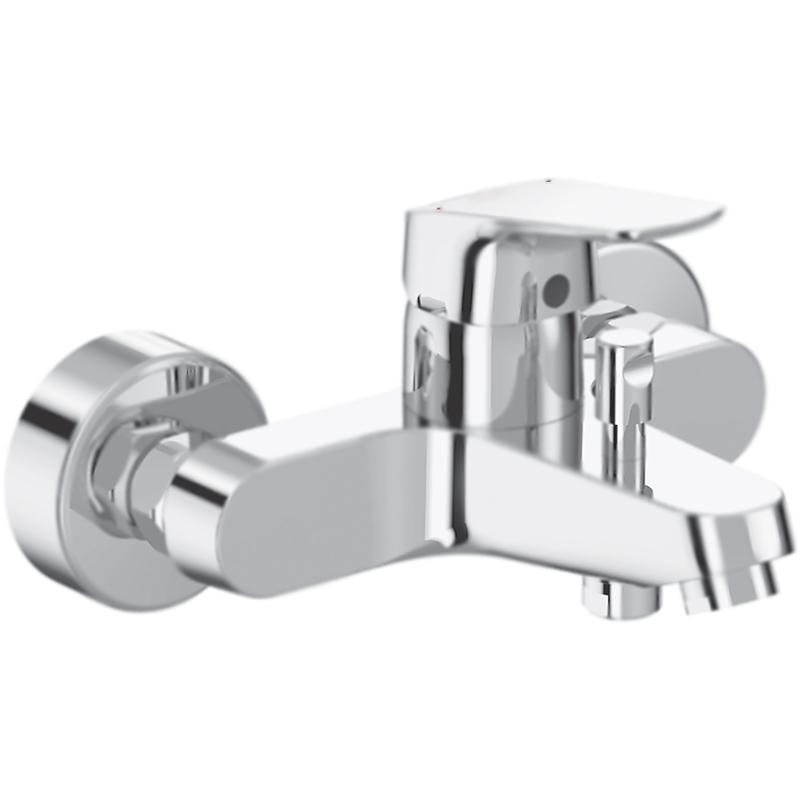 Ceraflex B1721AA ХромСмесители<br>Настенный смеситель для ванны Ideal Standard Ceraflex B1721AA однорычажный, с аэратором, монтируемый в два отверстия.<br><br>Современное решение: элегантность, функциональность, экономия.<br>Безупречный баланс между дизайном и качеством.<br>Простота в обслуживании.<br>Технология Click: механическая остановка потока, позволяет уменьшить расход на 50 процентов.<br>Безопасность: контроль над температурой воды в любой момент времени.<br>Система быстрой установки EasyFix.<br>Стойкое покрытие: глянцевый хром.<br>Материал: высококачественная латунь.<br>Фиксированный излив с регулировкой: L 16,2-17,1 см.<br>Механизм: керамический картридж, D 4 см.<br>Переключатель потоков: душ/излив, автоматический.<br>Обратный клапан: защита от обратного потока.<br>Подсоединение шланга: нижнее.<br>Стандарт подключения: G1/2.<br>Расстояние между центрами креплений: 15+/-1,3 см.<br><br><br>В комплекте поставки:<br>смеситель;<br>комплект креплений (S-Connectors).<br><br>