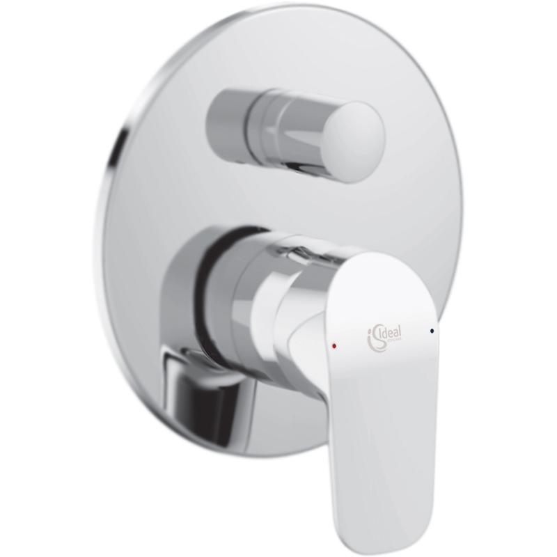 Ceraflex A6725AA ХромСмесители<br>Смеситель для ванны и душа Ideal Standard Ceraflex A6725AA на два потока воды, однорычажный, встраиваемый в одно отверстие.<br><br>Современное решение: элегантность, функциональность, экономия.<br>Безупречный баланс между дизайном и качеством.<br>Простота в обслуживании.<br>Технология Click: механическая остановка потока, позволяет уменьшить расход на 50 процентов.<br>Безопасность: контроль над температурой воды в любой момент времени.<br>Система быстрой установки EasyBox.<br>Стойкое покрытие: глянцевый хром.<br>Материал: высококачественная латунь.<br>Декоративная круглая накладка: D 16,3 см.<br>Механизм: керамический картридж HWTC, D 4,7 см.<br>Переключатель потоков: двухпозиционный, металлический.<br>Стандарт подключения: G1/2.<br><br><br>В комплекте поставки:<br>внешняя часть смесителя;<br>внутренняя часть смесителя;<br>комплект креплений.<br><br>