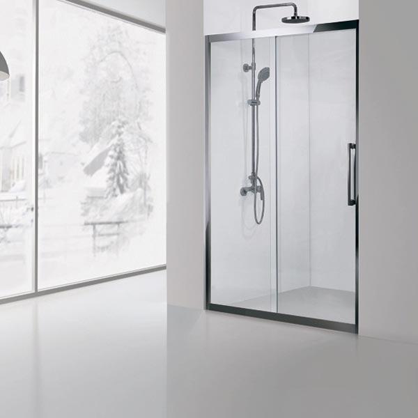 Delta NPE6121 120x200 профиль Хром стекло прозрачноеДушевые ограждения<br>Стеклянная душевая дверь Aquanet Delta NPE6121 предназначена для обустройства душевой площадки в нише. Монтаж двери  возможен как на поддон, так и непосредственно на пол, оборудованный для душа. Душевая дверь имеет универсальную ориентацию и может открываться как в левую, так и в правую сторону. Ориентация выбирается в момент установки.<br>Откатная душевая дверь Акванет Дельта NPE6121 имеет профиль и металлическую ручку из нержавеющей стали и бесшумно и без усилий передвигается на двойном усиленном ролике с подшипником. Цвет профиля – хром.<br>Высокопрочное каленое стекло имеет инновационное защитное покрытие Easy Clean, которое препятствует образованию подтеков и следов загрязнений на поверхности. <br><br>Состав комплектации: стекло толщиной 8 мм, профиль и детали шторки из нержавеющей стали.<br>