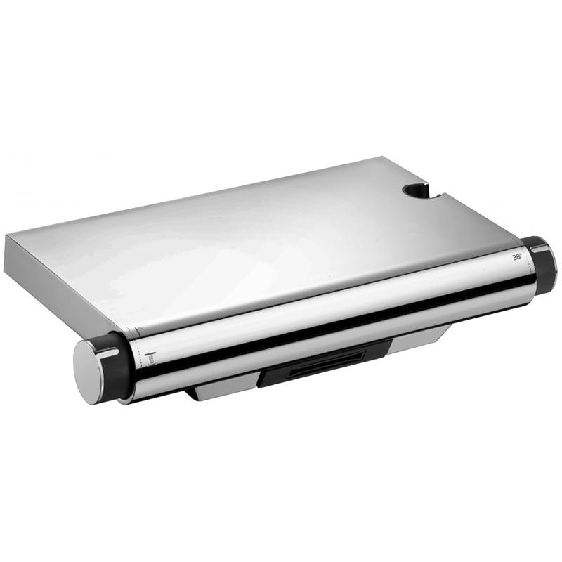 Aparu E98768-CP с термостатом ХромСмесители<br>Смеситель для ванны и душа Jacob Delafon Aparu E98768-CP с термостатом.<br>Функциональный термостатический смеситель в стиле хай-тек. Плоская поверхность позволяет использовать смеситель в качестве небольшой полочки.<br>Изготовлен из качественной латуни.<br>Гладкое покрытие цвета хром.<br>Каскадный излив.<br>Аэратор с технологией Eco: позволяет экономить воду.<br>Корпус смесителя не нагревается благодаря изоляции каналов горячей воды.<br>Точная регулировка температуры и струи.<br>Встроенный переключатель на ручке.<br>Встроенный держатель душевой лейки.<br>Максимальная температура воды: 50 градусов.<br>Расход воды: 21 л/мин.<br>Обратный клапан.<br>Эксцентрики R8A945KENF для подключения к каналам подачи воды G 1/2.<br>В комплекте поставки: смеситель, эксцентрики, набор креплений.<br>