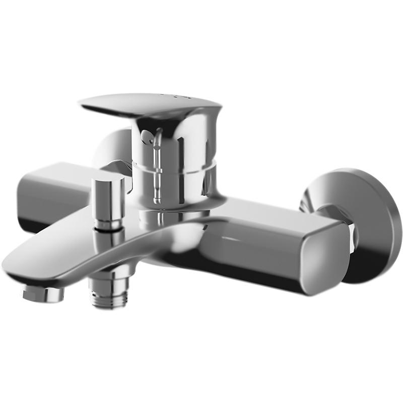Spirit V2.1 F71A10000 ХромСмесители<br>Настенный смеситель для ванны AM PM Spirit V2.1 F71A10000 однорычажный, с аэратором. Новый дух экстраординарной коллекции Spirit V2.1 сочетает традиционные взгляды с инновационными технологиями, предлагая высокий уровень комфорта и эргономики.<br>Конструкция:<br><br>Покрытие: глянцевый хром.<br>Материал: экологически безопасная латунь.<br>Металлические декоративные чашки.<br>Фиксированный излив: L 18,4 см.<br>Аэратор Rub&amp;Clean.;<br>Механизм: керамический картридж Soft Motion, D 3,5 см.<br>Низкий уровень шума.<br>Максимальная температура: 95 градусов.<br>Максимальный гидроудар: до 35 атмосфер.<br>Переключатель душ/излив: автомат, с возможностью механической фиксации.<br>Срабатывание переключателя даже при низком напоре воды.<br>Защита от обратного потока: встроенный обратный клапан.<br>Эргономичность: безупречно продуманная форма.<br>Надежность: протестирован на 500 000 циклов включения.<br>Расстояние между центрами креплений: 15+/-1,5 см.<br>Подсоединение шланга: нижнее.<br>Стандарт подключения: G 1/2.<br><br>В комплекте поставки:<br><br>смеситель;<br>комплект креплений: S-образные эксцентрики.<br><br>