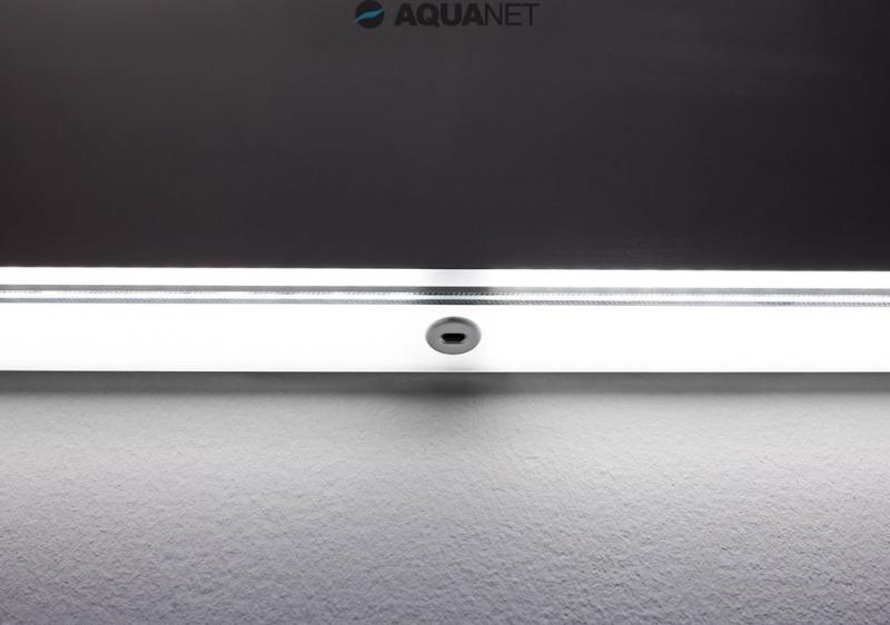 Палермо 1200х850 с Led-подсветкой С инфракрасным управлениемМебель для ванной<br>Зеркало Aquanet Палермо 1200х850 с LED подсветкой, инфракрасный выключатель (196647).Зеркало Aquanet Палермо 1200х850 с LED подсветкой, инфракрасный выключатель (196647).<br>Светильник и зеркало в данном изделии Акванет – это единая модель, которая будет выглядеть единым комплектом с тумбой шириной 120 см, если будет установлено, учитывая рекомендованную ориентацию.<br>Удобная подсветка в виде тонкой светящейся полоски по всему периметру зеркального полотна, будет незаменима при ежедневных гигиенических процедурах, когда нет необходимости в ярком свете.<br>Выключатель светильника бесконтактный, для этого модель снабжена инфракрасным датчиком.<br> Это изящное зеркальное полотно для ванной комнаты, приятное и уютное, красивое и необычное. Оно украсит повседневные будни яркими и необычными цветами.<br><br>