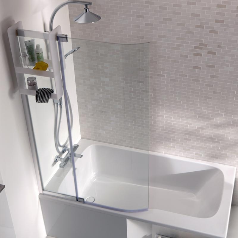 Bain Douche Malice 95x150 Хром стекло прозрачноеДушевые ограждения<br>Стеклянная шторка на ванну Jacob Delafon Bain Douche Malice 95x150 E6D069-GA двухсекционная, c широкой, изогнутой, распашной секцией для эффективного избежания брызг.<br>Конструкция:<br><br>Универсальная ориентация: установка справа или слева.<br>Витраж: прозрачный.<br>Материал витража: безопасное стекло толщиной 0,6 см.<br>Покрытие стекла: водооталкивающее, анти-известковое.<br>Материал профиля: алюминий.<br>Цвет профиля: глянцевый хром.<br>Первая секция от стены: прямая, фиксированная.<br>Вторая секция от стены: изогнутая, распашная, поворот на 100 градусов.<br><br>В комплекте поставки:<br><br>шторка на ванну.<br><br>