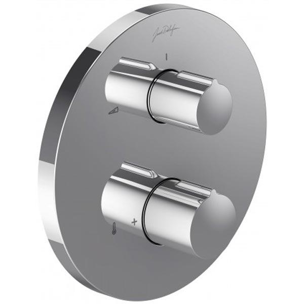 Modulo E98731-CP с термостатом ХромСмесители<br>Термостатический смеситель для душа Jacob Delafon Modulo E98731-CP на 2 выхода с запорным клапаном.<br>Встраиваемый термостатический смеситель с запорным клапаном Якоб Делафон Модуло изготовлен из латуни и имеет покрытие хром. Современный дизайн в стиле хай-тек.<br><br><br>Крепежные винты предварительно смонтированы к корпусу картриджа<br>Точная регулировка температуры при помощи термостатического картриджа<br>Система откачивания препятствует образованию конденсата внутри системы<br>Быстрый доступ к встроенному корпусу (термостатический картридж, обратные клапаны)<br>Функция вкл/выкл, управление и 2 выхода<br>Эргономичные ручки<br>Запорный клапан-переключатель<br>Максимальная температура воды ниже 50°C<br>Расход воды 26 л/мин.<br><br>В комплекте поставки:<br>заглушки<br>встраиваемый смеситель<br>две ручки<br>
