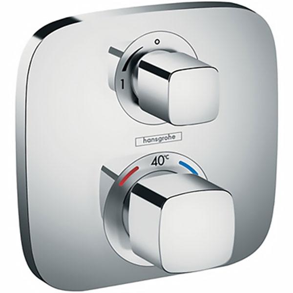 Ecostat E 15707000 с термостатом ХромСмесители<br>Термостатический смеситель для душа Hansgrohe Ecostat E 15707000.<br>Функциональная модель с лаконичным дизайном и четкими геометрическими формами. Дополнит ванную комнату в современном стиле или в стиле минимализм.<br>Смеситель изготовлен из качественной латуни с гладким покрытием цвета хром.<br>Два вентиля для управления напором и температурой воды.<br>Четкая регулировка ограничения мощности потока.<br>Безопасность: предохранитель с максимальной температурой 40 градусов.<br>Расход воды: 26 л/мин.<br>В комплекте поставки: внешняя часть смесителя (две рукоятки, гильза, розетка, функциональный блок, запорный вентиль).<br>