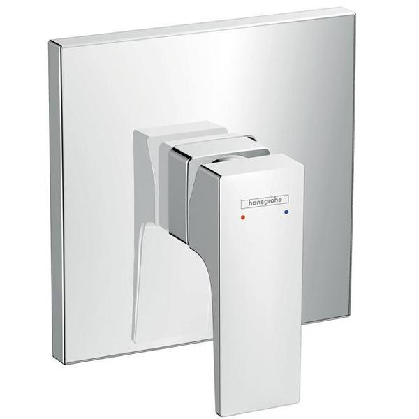 Metropol 32565000 ХромСмесители<br>Смеситель для душа Hansgrohe Metropol 32565000.<br>Функциональная модель с гладкими линиями и четкими углами. Дополнит большинство ванных комнат в современном или минималистичном стиле.<br>Смеситель изготовлен из качественной латуни с глянцевым покрытием цвета хром.<br>Точная установка напора и температуры воды.<br>Керамический картридж.<br>В комплекте поставки: внешняя часть смесителя.<br>