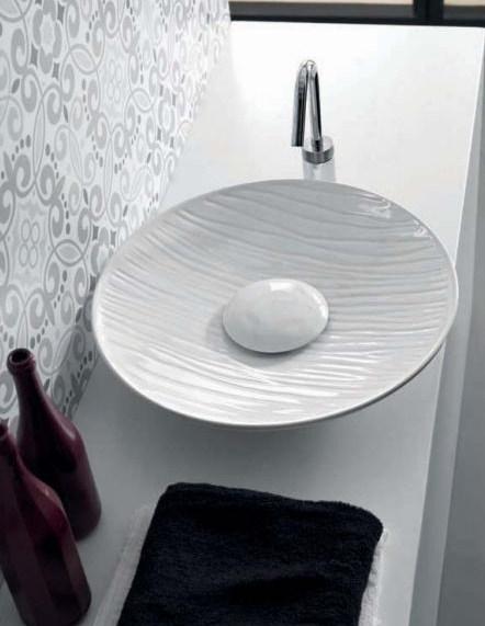 Soul 500 decoro rei ЧернаяРаковины<br>Hidra Ceramica Lavabi da appoggio Soul 500 decoro rei. Накладная керамическая раковина, устанавливается на столешницу или мебель, цвет: черный. Сифон, слив и декоративная пластина на донный клапан приобретаются отдельно.<br>