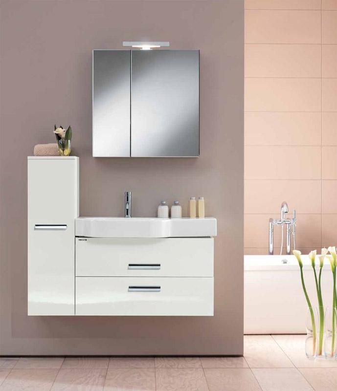Wall WL BS13T SX 100 БелаяМебель для ванной<br>Тумба подвесная для ванной Berloni Bagno Wall WL BS13T SX белого цвета. Так же может комплектоваться керамической раковиной. Выдвижные ящики, механизм с доводчиком и плавным бесшумным закрытием.<br>