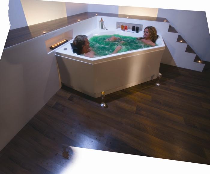 Акриловая ванна Victory Spa Experience 150x150 Система 3: Гидро-аэромассаж