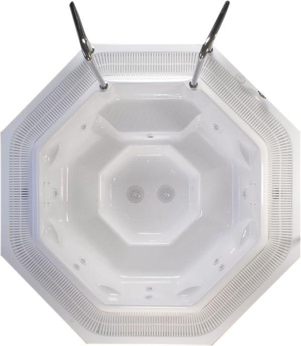 Madagaskar Spa Коммерческая версияБассейны<br>Victory Spa Madagaskar Spa бассейн. Коммерческая версия включает в себя: электронная система контроля; гидромассаж, 2 двигателя по 1,1 кВт; регулятор потока воздуха для гидромассажной системы; аэромассаж, 2 компрессора по 1,3 кВт; подводная подсветка, LED лампа (2шт); фильтрационная система: двигатель с пре-фильтром, 1,5кВт, песочный фильтр с 6-ти позиционным переключателем F1200; переливной желоб с решёткой; переливной бак (2000л); система подогрева стандарт: теплообменник 69 кВт (60.000Kcal); система подогрева дополнительно (без доплаты): - нагреватель воды 9кВт; установка температуры воды; установка времени гидромассажа и фильтрации на панели управления. (После того, как включена система фильтрации, на панели загорается знак запрещающий использование бассейна); автоматическое поддерживание уровня воды; автоматическая дозировка химических реагентов Pahlen Autodos 2000; программирование еженедельной фильтрации (5 программ); установка отдельных программ фильтрации индивидуально на каждый день недели; ёмкость для химических реагентов (размеры 1,0х0,5х0,6м); кожух для бассейна, предотвращающий остывание воды в бассейне; поручни из нержавеющей стали; все приборы (кроме песочного фильтра) расположены на стандартном поддоне 100х150см; потребление электроэнергии: 14,8 кВт - с проточным нагревателем воды, 5,8 кВт - с теплообменником. Дополнительно можно приобрести ультрафиолетовую лампу, кожух, хромотерапию.<br>