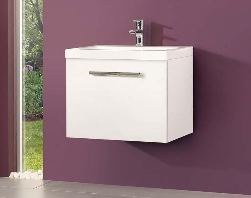 Leonides F 60.83 Белая глянцеваяМебель для ванной<br>Gorenje Leonides F 60.83 тумба под раковину. Стоимость указана за тумбу без раковины. Тумба подвесная с одним выдвижным ящиком, цвет: белый глянцевый. Раковина, зеркало и дополнительные шкафы приобретаются отдельно.<br>