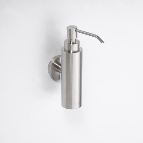 Neo stainless 104109015 ХромАксессуары для ванной<br>Дозатор для жидкого мыла Bemeta Neo stainless 104109015 настенный. Цвет хром.<br>